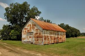colquitt-ga-farm-building-barn-rusted-corrugated-tin-aluminum-siding-agribusiness-pictures-photo-copyright-brian-brown-vanishing-south-georgia-usa-2011